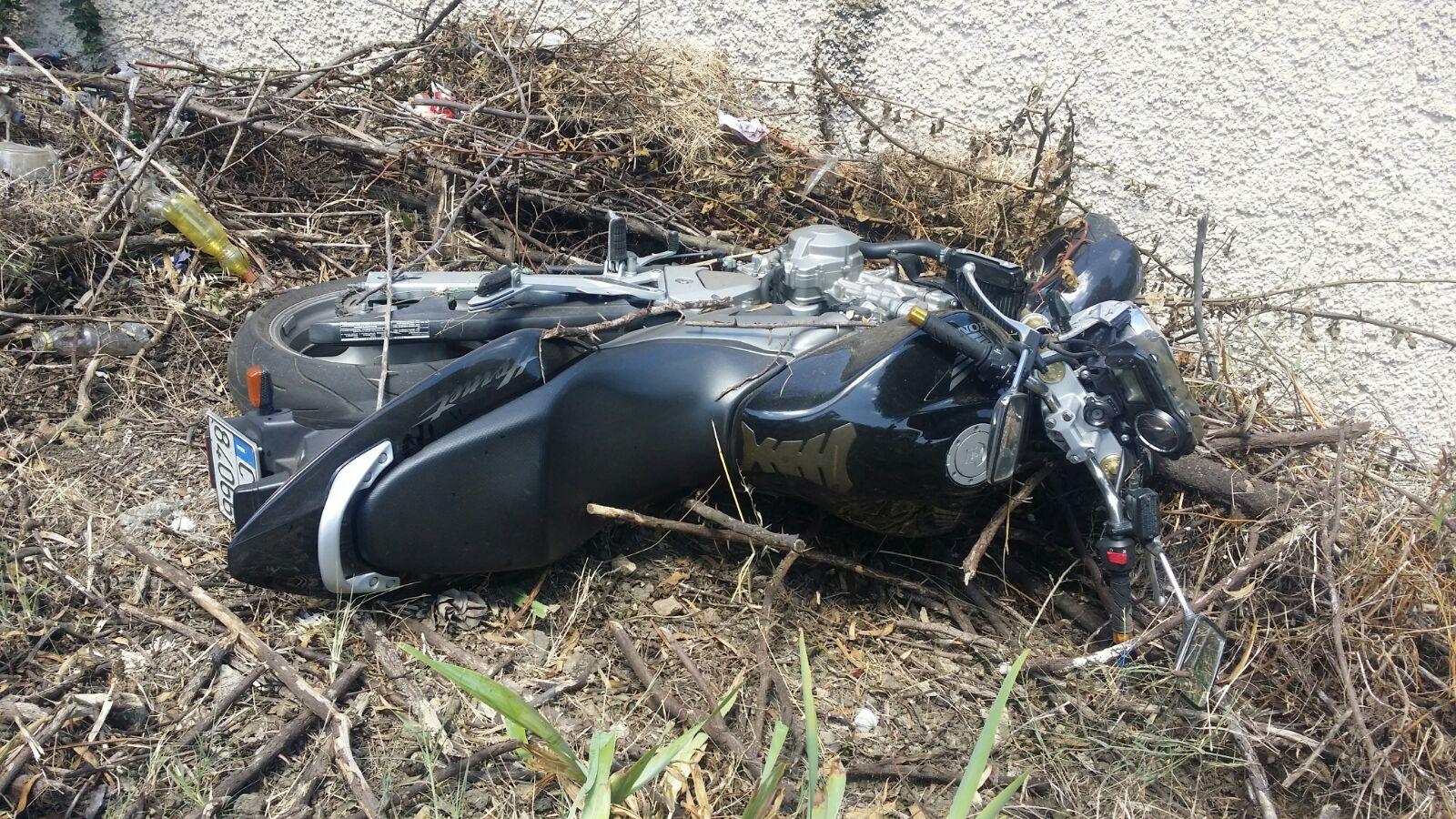 Incidente stradale nel Vibonese, coinvolto un uomorimasto ferito a cavallo della sua moto