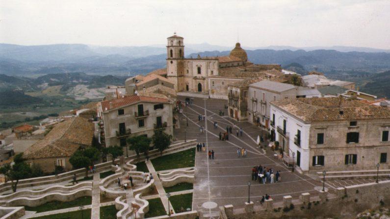 Masterclass e concerti, parte a Santa Severinala settimana dedicata alla musica lirica