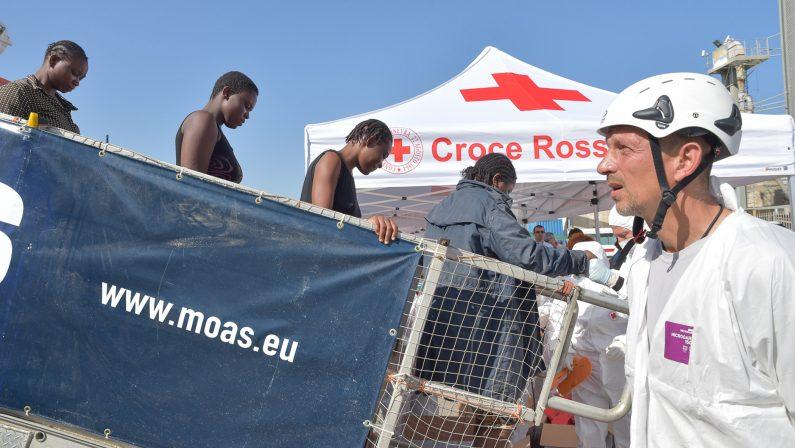 Migranti, il grido d'allarme del Coisp Polizia«Serve chiarezza sulla gestione del fenomeno»