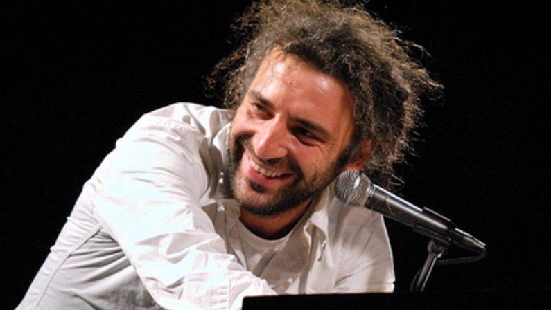 Stefano Bollani, Napoli e l'estate in movimentoAttesa per il concerto all'Armonia d'arte festival