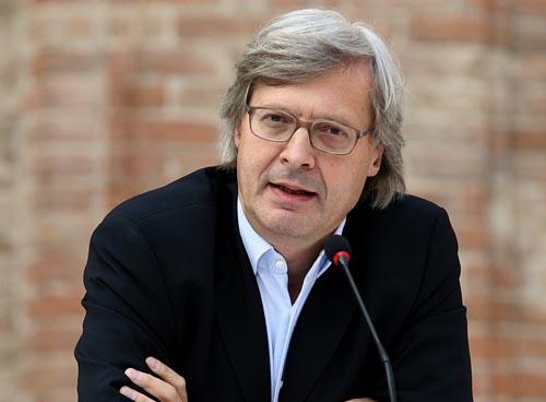 Vittorio Sgarbi a Montescaglioso per presentare la mostra di inediti di Carlo Levi