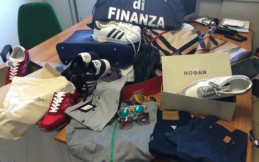 Alcuni dei capi contraffatti