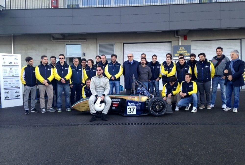 Tre studenti calabresi conquistano premio in Germania  E' loro la migliore auto da corsa per design ed efficienza