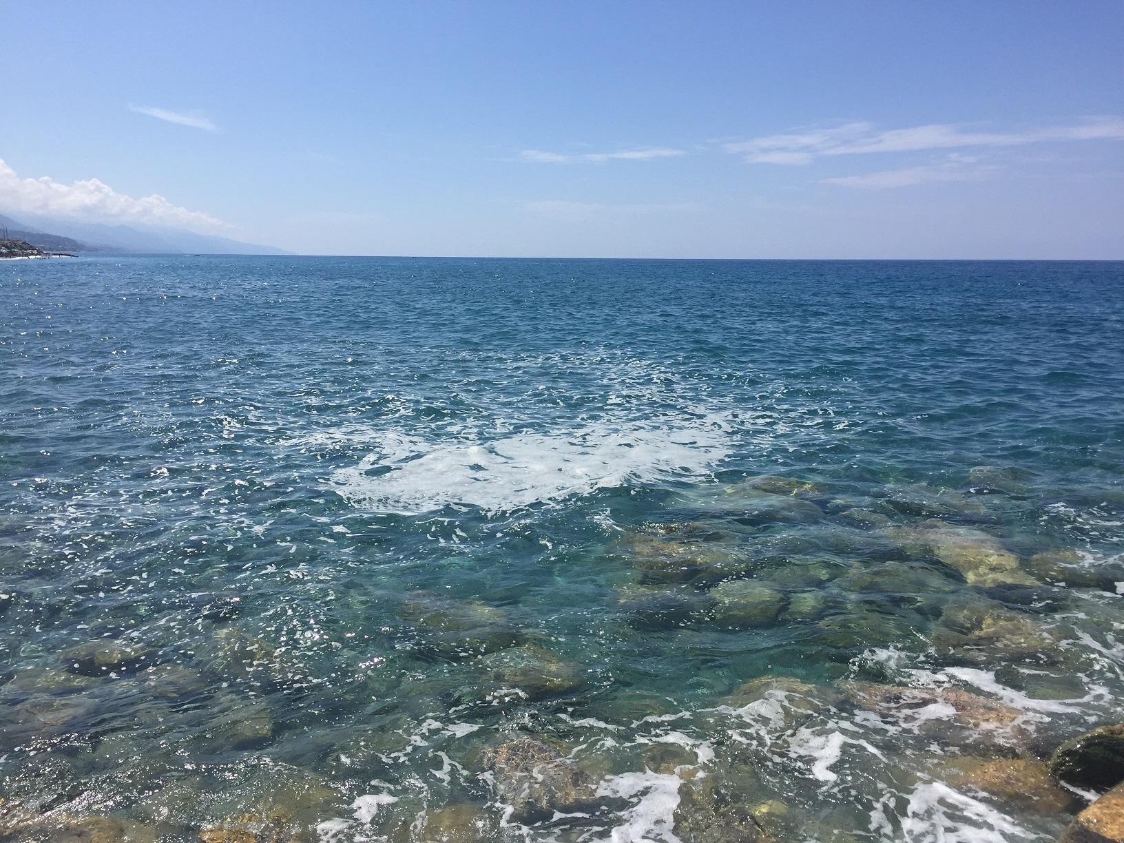 Mare sporco e depurazione, ogni anno lo stesso problema ma non è un problema da spiaggia