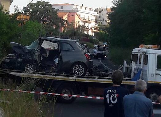 Controesodo, scontro frontale sulla statale 18Quattro feriti nel Cosentino, uno in gravi condizioni