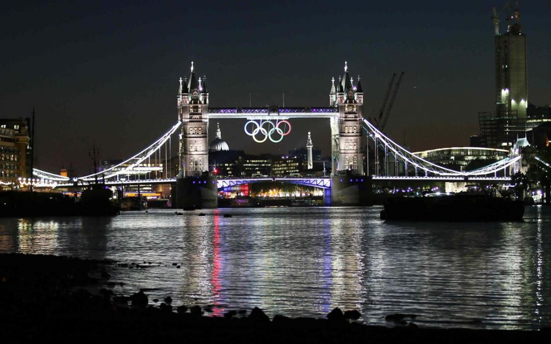Speciale Olimpiadi, a Londra 2012 c'è la regina assieme a James Bond