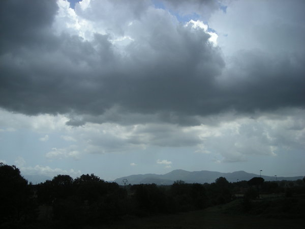 In arrivo pioggia sul Tirreno cosentino per PasquaLa Protezione civile emana una allerta meteo gialla