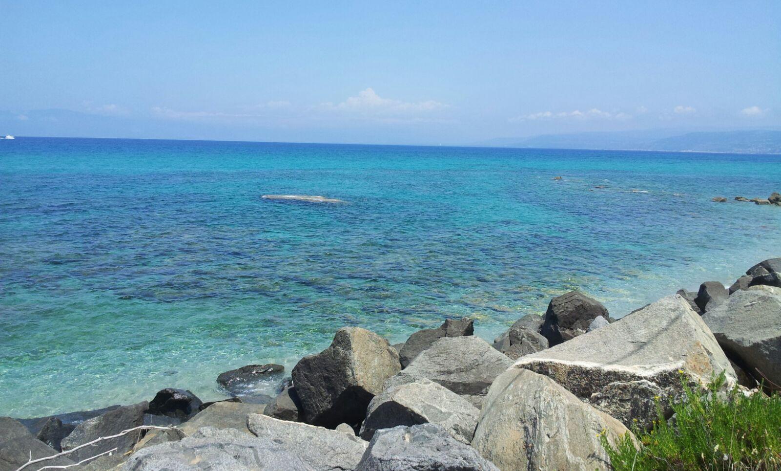 Tutelare il mare calabrese, iniziativa a Catanzaroprosa e poesie per i messaggi nelle bottiglie