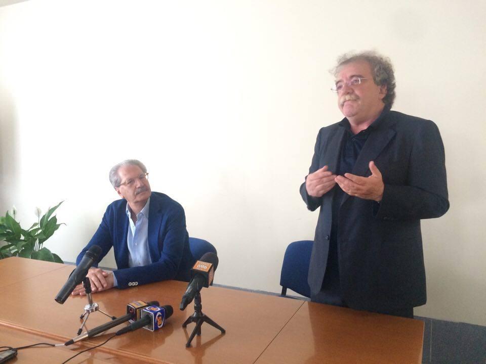 """Ospedale di Avellino, il nuovo direttore si presenta:  dare """"un po' a tutti"""" non serve a nulla, bisogna avere il coraggio di fissare priorità"""