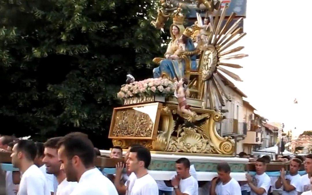 Una processione a Oppido Mamertina