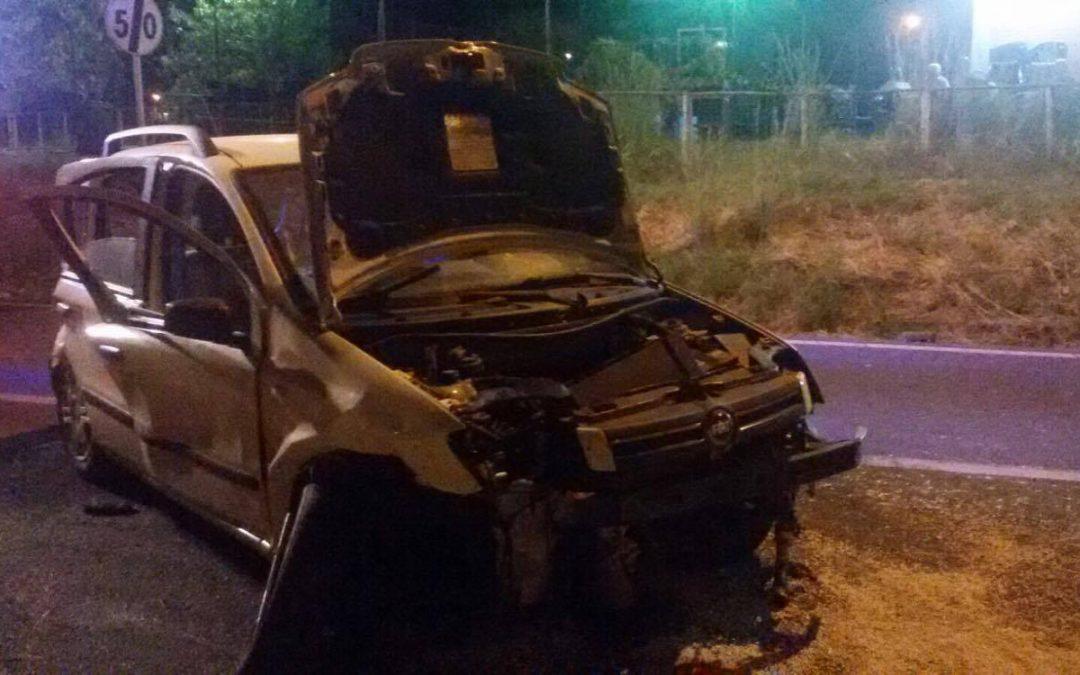 Auto fuori strada sulla statale 106 nel Catanzarese  Morti due giovani e altri tre feriti, uno è grave