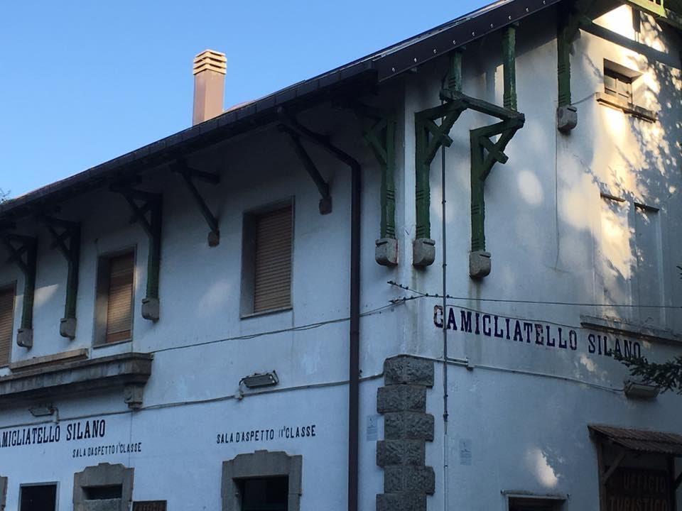 Torna il treno della Sila: dopo otto anni tutto pronto per il ritorno dello storico convoglio a vapore