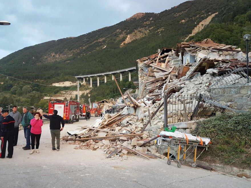 Un'immagine del terremoto nel Centro Italia