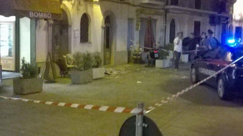 Operata la ragazza ferita davanti al bar nel ViboneseNon si esclude che l'obiettivo fosse un'altra persona