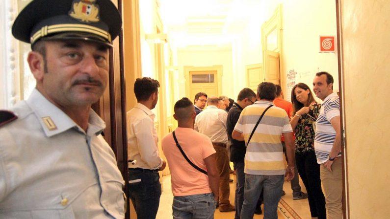 FOTO - Il seggio per l'elezione del primo consiglio metropolitano di Reggio Calabria