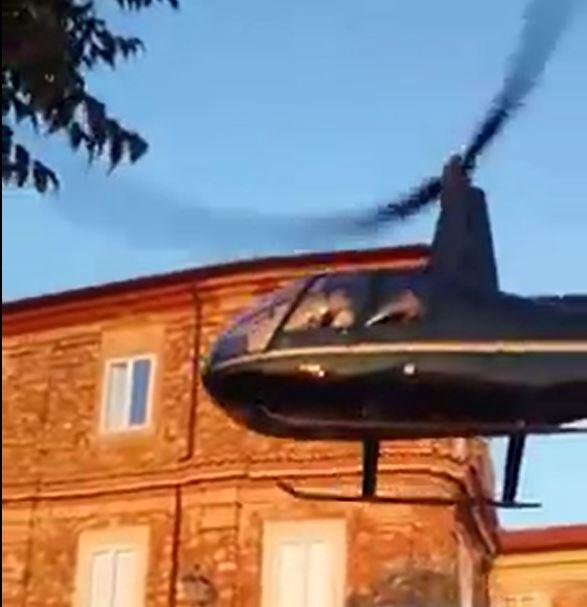 Sposi in chiesa in elicottero, procuratore di Viboapre un'indagine: verifiche sul Comune di Nicotera
