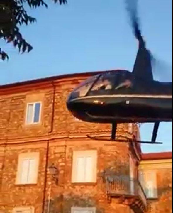 Matrimonio in elicottero a Nicotera, in Campaniasequestrato il campo di volo da dove partì il velivolo