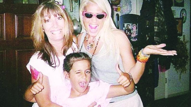 Le origini cosentine della showgirl Heather Parisie il ricordo del nonno emigrato da Terravecchia