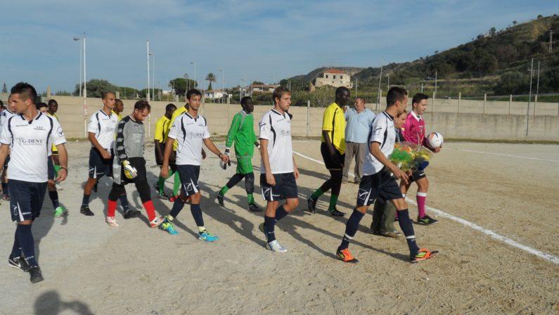 Rissa sul campo di calcio, dopo un anno 15 indagatiL'episodio tra le squadre di Parghelia e Koa Bosco