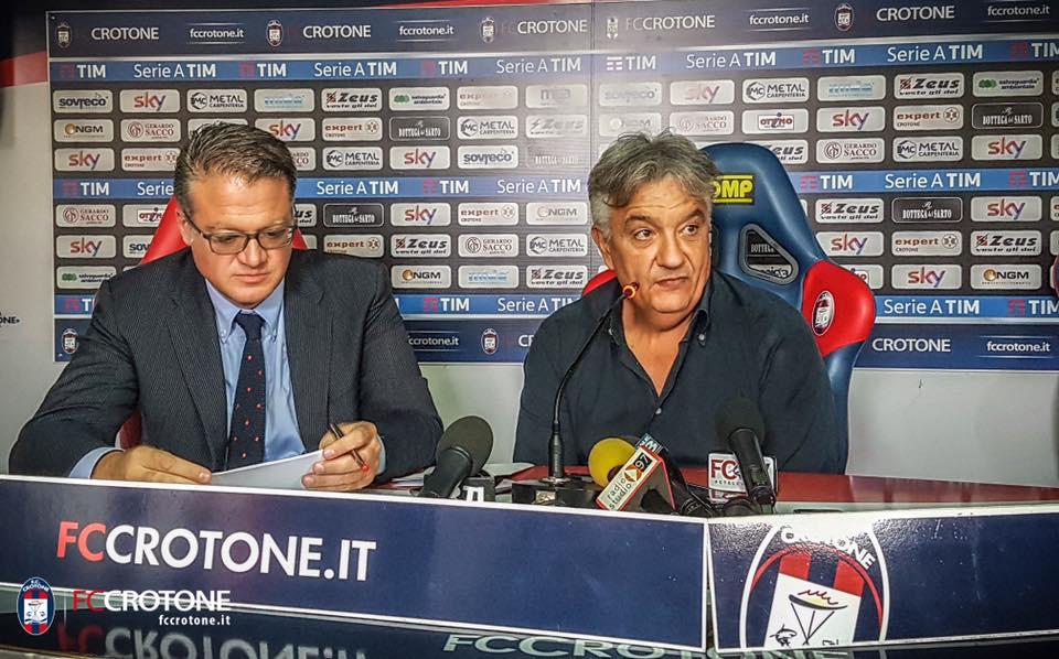 Serie A, Vrenna spegne le polemiche sull'arbitraggio«Il Napoli ha meritato la vittoria col Crotone»