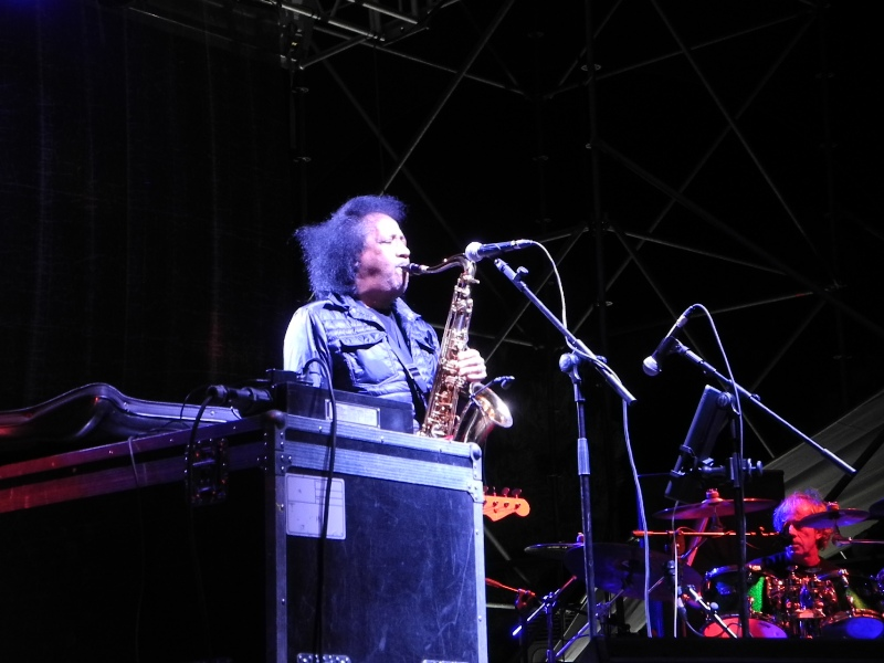 """""""Settembre al parco"""", a Catanzaro in migliaia ad eventi  promossi tra musica e natura: chiudono i Nomadi"""