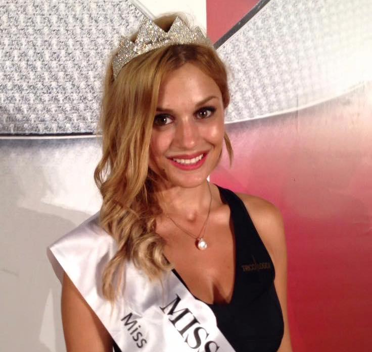 Miss Italia, un premio anche per la 25enne materana Simona Tanzi