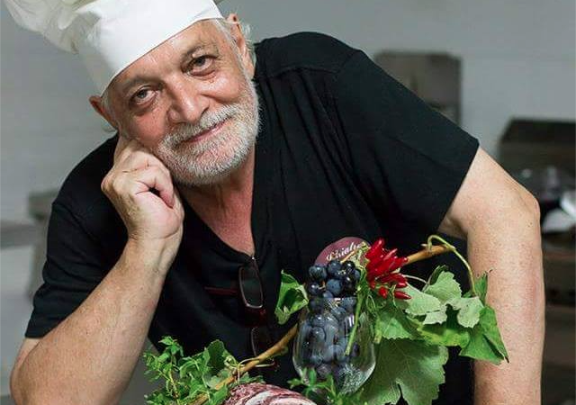 Cosenza, lutto nel mondo della gastronomiaÈ morto l'apprezzato chef Tonino Napoli