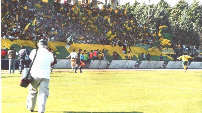 Calcio, Lega Pro: troppo forte il Lecce, il Melfi si arrende