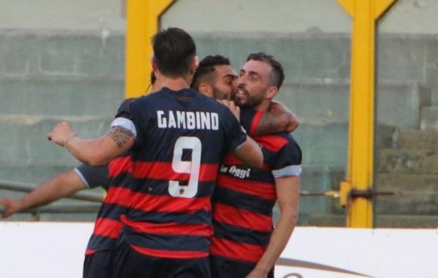 Lega Pro: vince solo il Cosenza. A Reggio Calabria furto negli spogliatoi, refurtiva recuperata