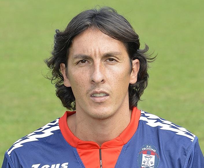 Serie A, per il Crotone sfida decisiva con il Cagliari  Claiton al centro della difesa e Tonev in attacco