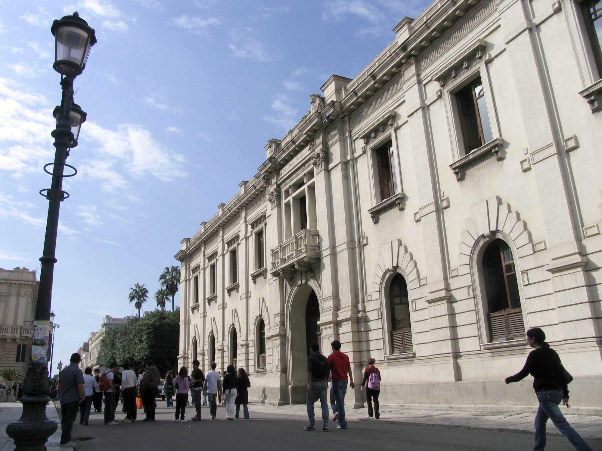 Quattordici scuole inagibili: a Reggio scatta indagineDubbi tra corruzione e sistema di gestione dei lavori