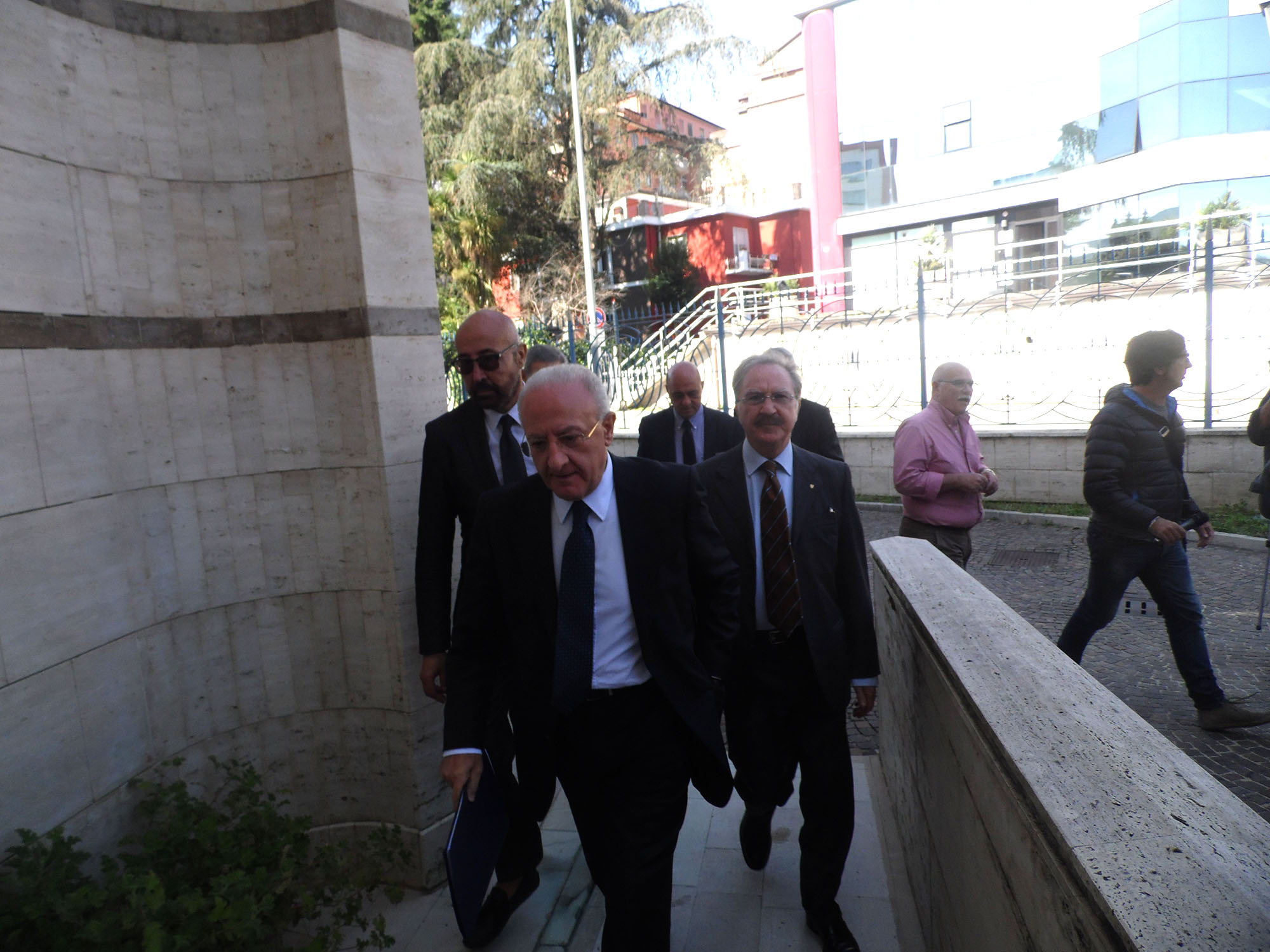 De Luca torna in Irpinia e lancia la volonta per il sì al referendum costituzionale