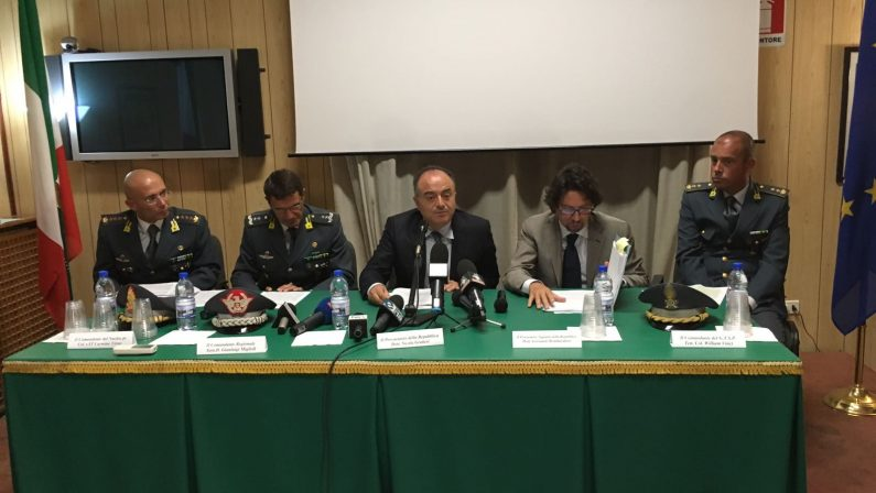 Forestali, sanità, clientele e tanti incapaci. I danni della malapolitica in Calabria