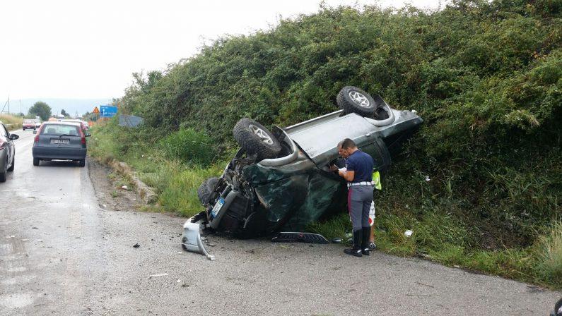 Incidente nel Vibonese, grave una ventunenneL'autovettura si è ribaltata sulla strada provinciale