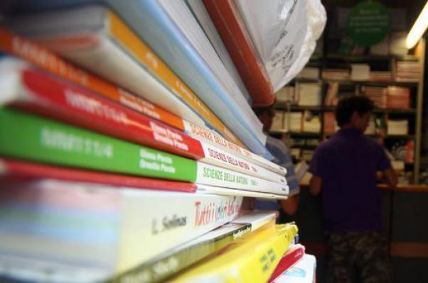 Due milioni per digitalizzare le scuole lucane e superare l'isolamento