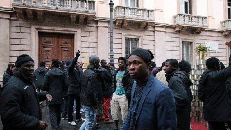 Migranti, 2048 sul territorio irpino ma i Comuni non collaborano: il monito da Palazzo di Governo