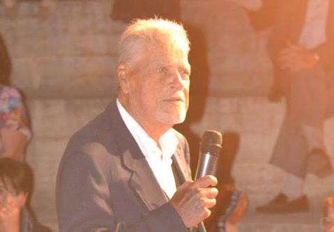La storia: Petrassi, dalla sala operatoria al teatro: «La sanità? In Calabria bastano cinque ospedali»