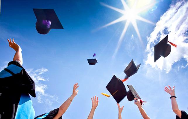 Il caso a Napoli: laurea valida anche senza aver frequentato una scuola universitaria parificata