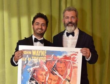 Premio Fondazione Mimmo Rotella, a Veneziala consegna a Paolo Sorrentino e Jude Law