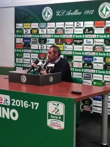 Verso Avellino- Pro Vercelli, mister Toscano: vincere per dare una svolta