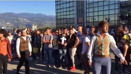VIDEO - La notte dei ricercatori all'UnicalIl flash mob della scuola d'arte di Mirell Castriota