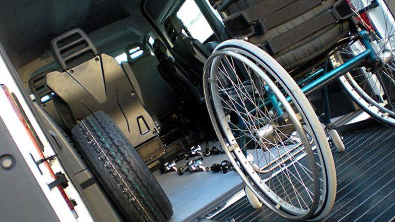 Disabili, ancora disagi con gli studenti di CatanzaroAttivato il trasporto manca ancora l'assistenza
