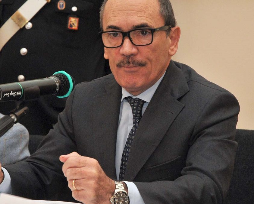 De Raho: «Le donne stanno scappando dalla mafia, ma lo Stato non può lasciarle sole»