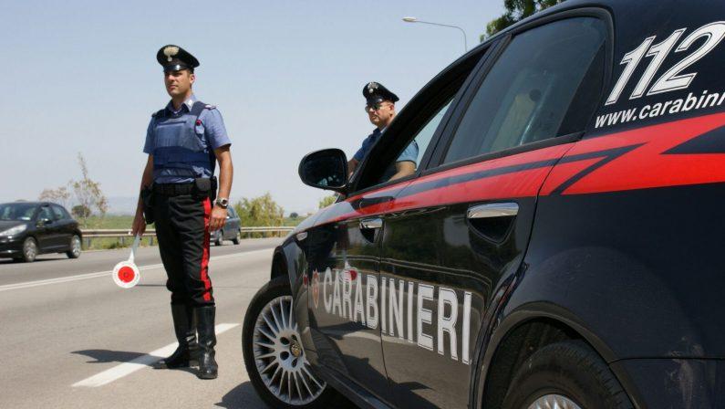 In autostrada con un panetto di cocaina, blitz a LameziaTre napoletani arrestati, in macchina pure un minorenne