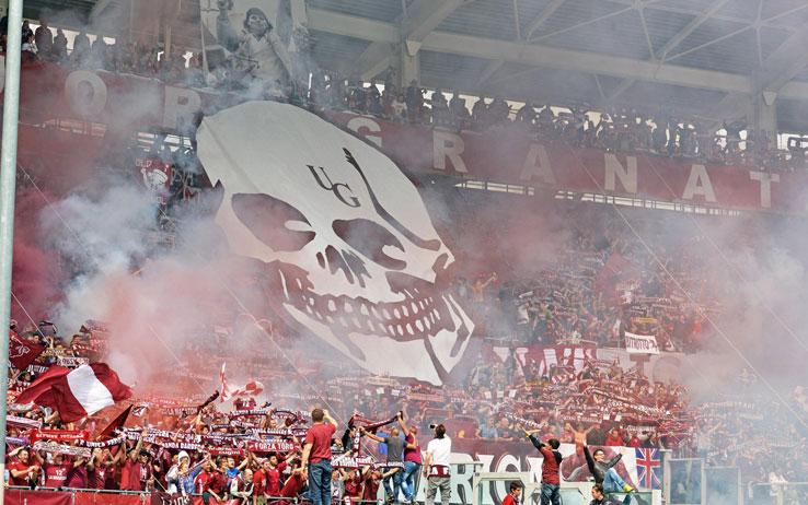Scoperto ad Avellino arsenale esplosivo per ultrà di tutta Italia