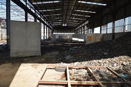 Caivano: 20milamq adibiti a discarica sequestrati:ipotesi di disastro ambientale