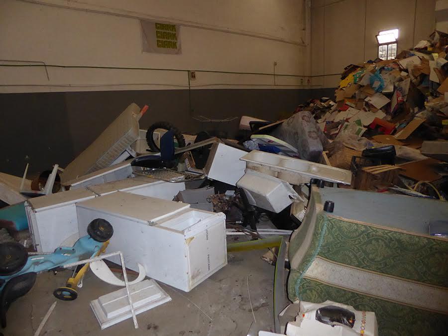 Sito di stoccaggio illegale di rifiuti sequestrato a Rende, una persona denunciata
