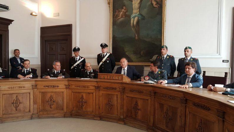 Fiumi di droga nel Cosentino da Campania e Francia  Traffico gestito dalla cosca di 'ndrangheta, 13 arresti