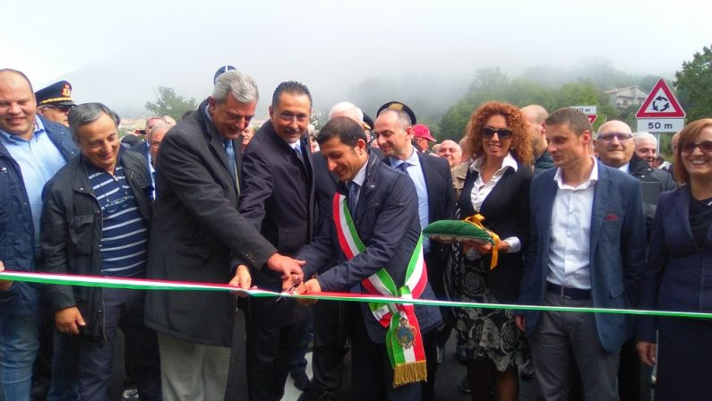 Fondovalle del Noce-Lauria: inaugurato il primo lotto della nuova strada