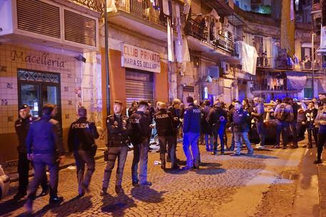 Napoli, sparatoria a Rione Sanità: un ferito